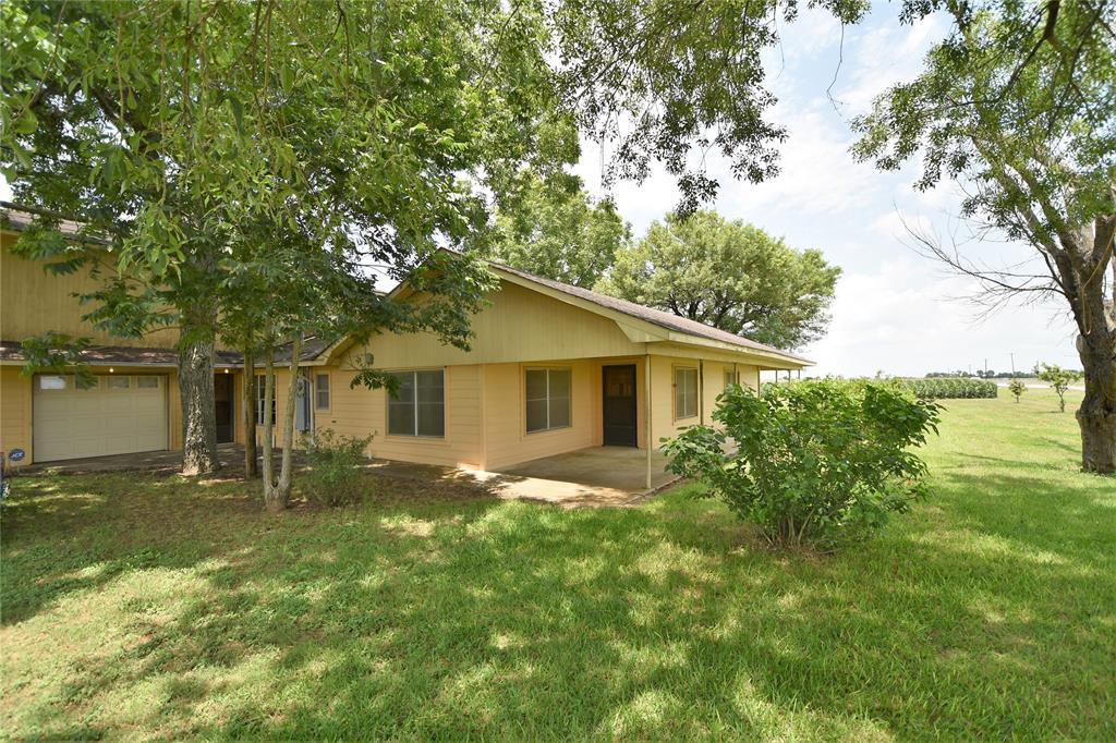 715 Fm 1952 Property Photo - East Bernard, TX real estate listing
