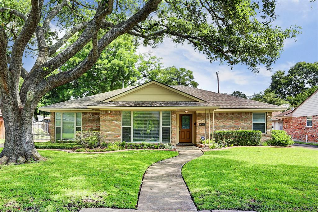 4326 Stillbrooke Drive Property Photo - Houston, TX real estate listing