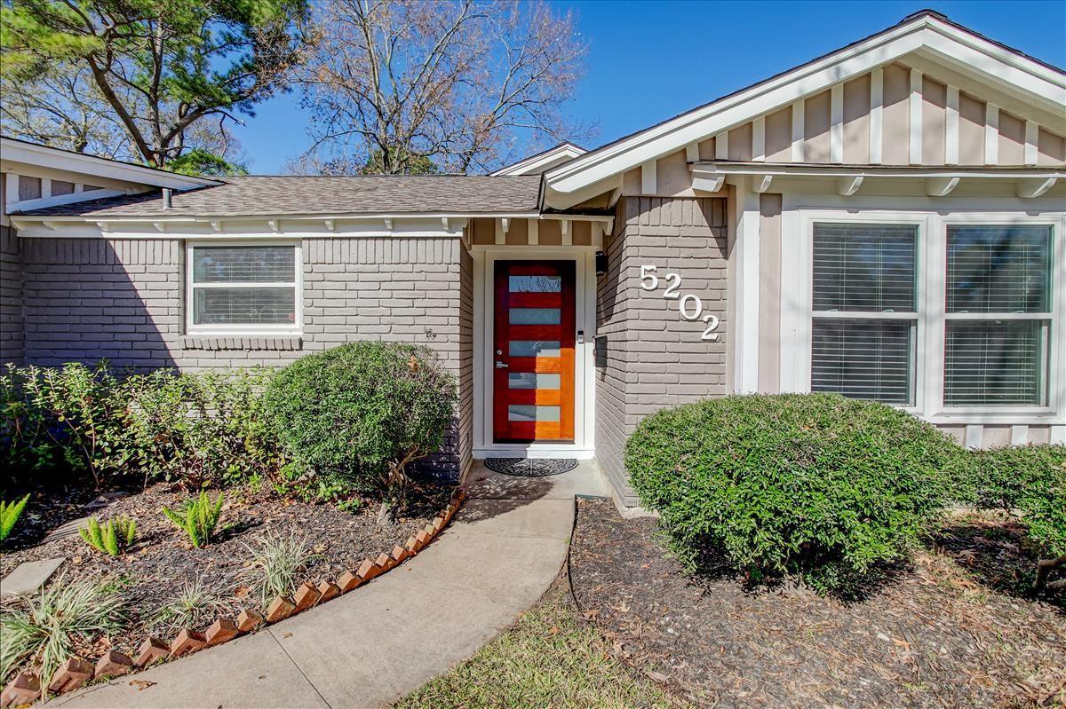 5202 Poinciana Drive Property Photo - Houston, TX real estate listing