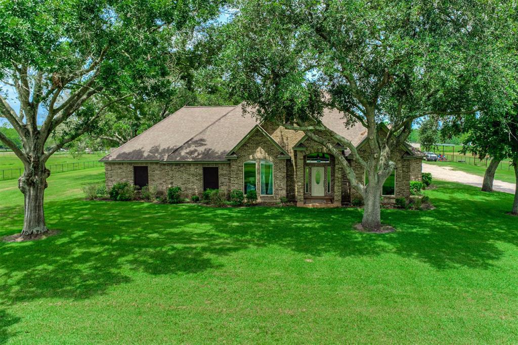 1802 Avenue L Property Photo - Santa Fe, TX real estate listing