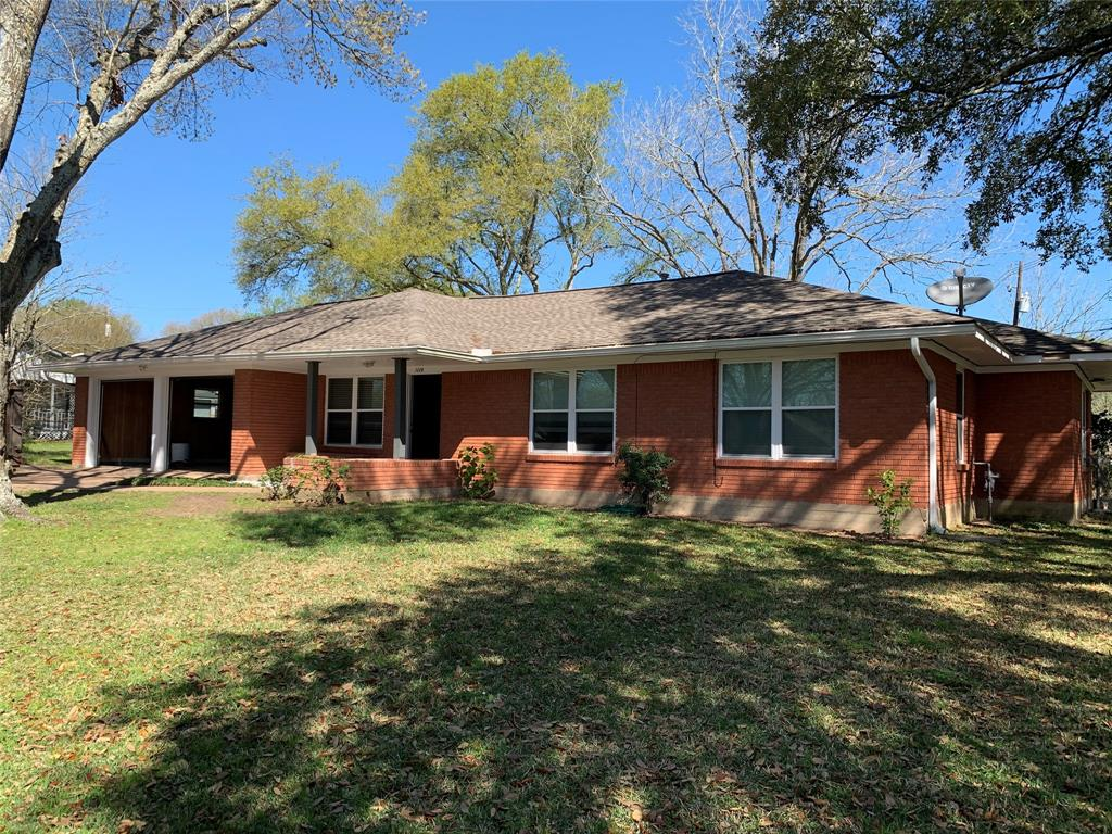 1110 L J Street, Brenham, TX 77833 - Brenham, TX real estate listing