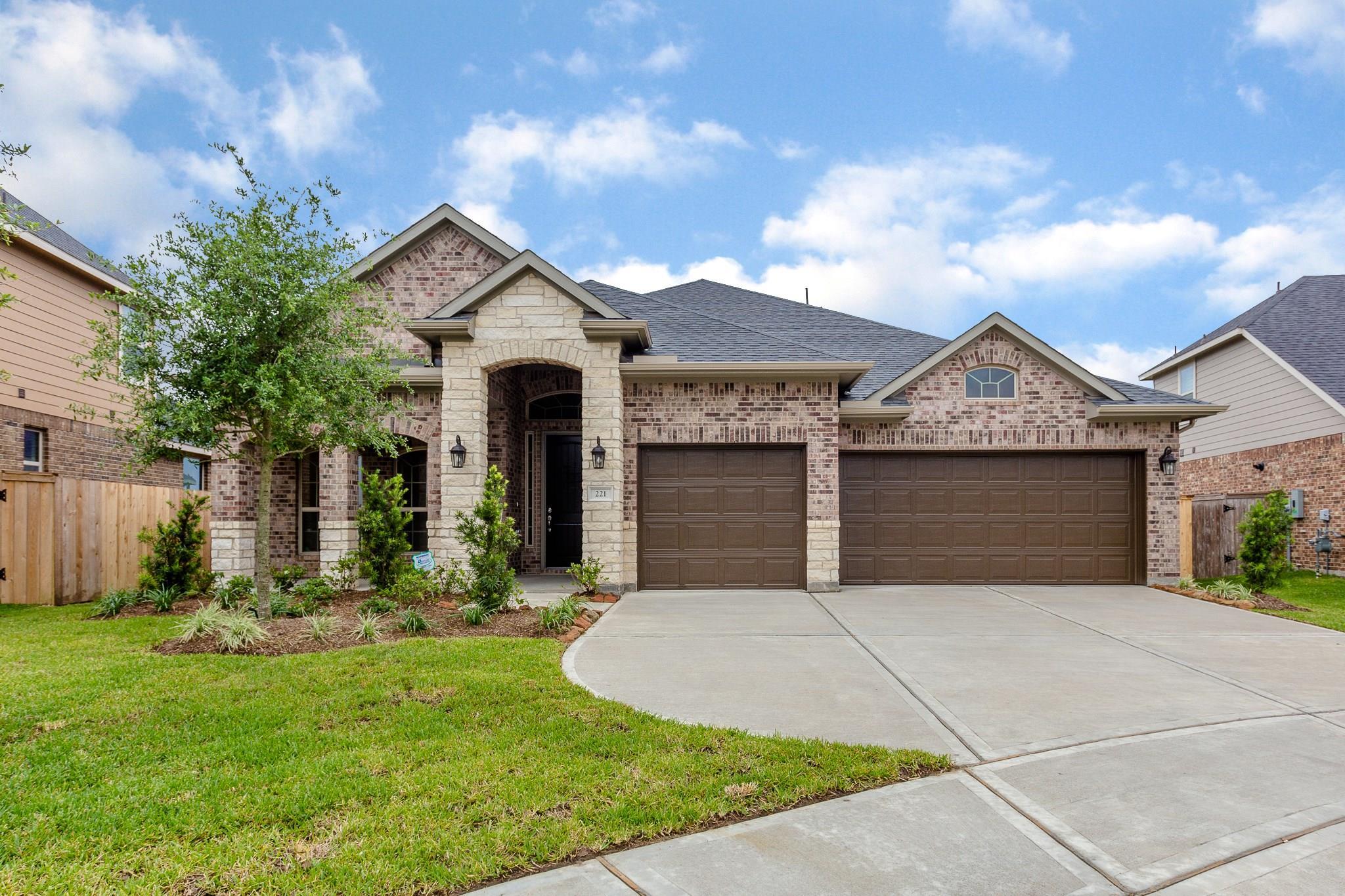 221 Coleman Wake Lane Property Photo - La Porte, TX real estate listing
