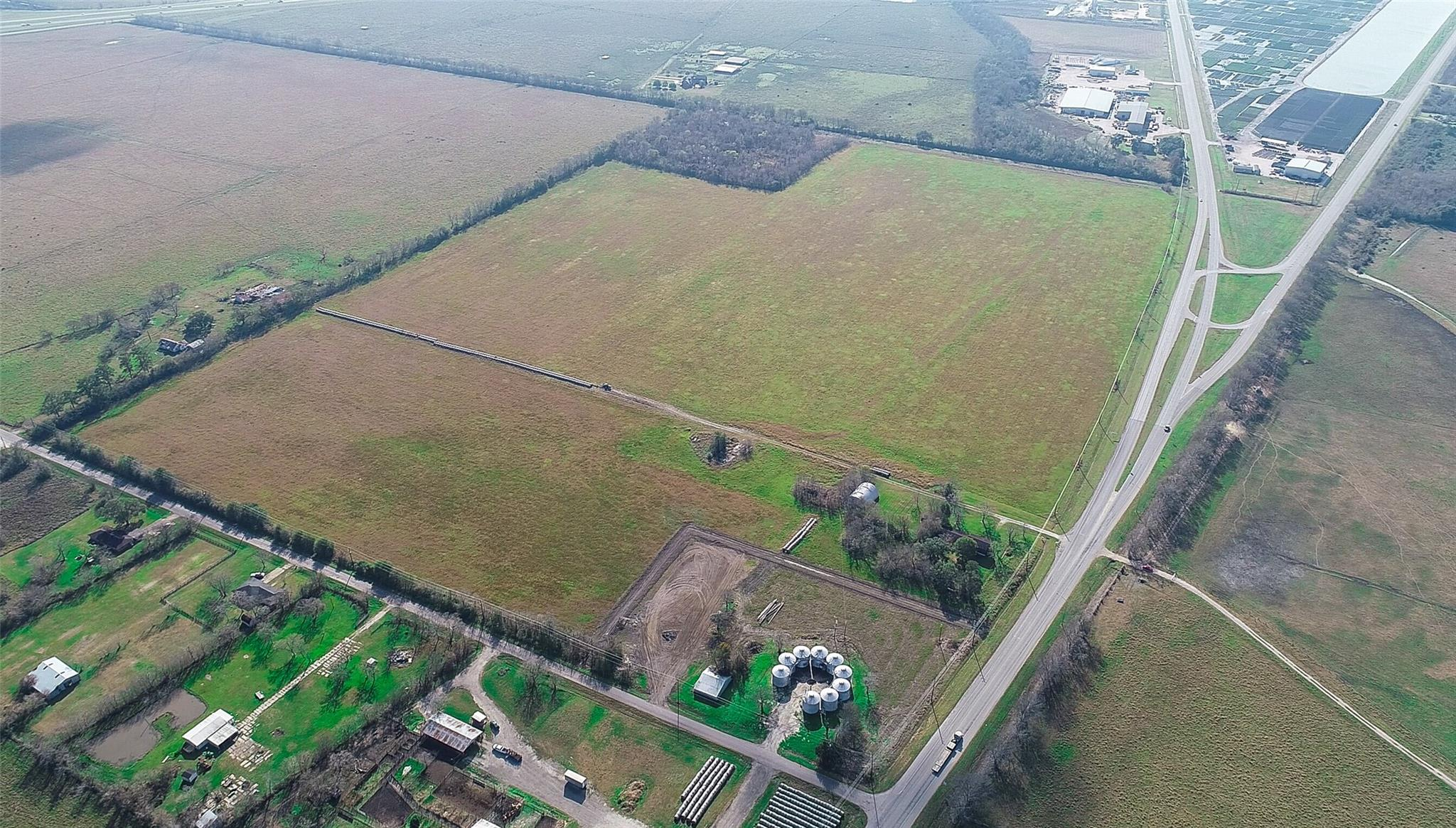 21131 Fm 521 Road Property Photo
