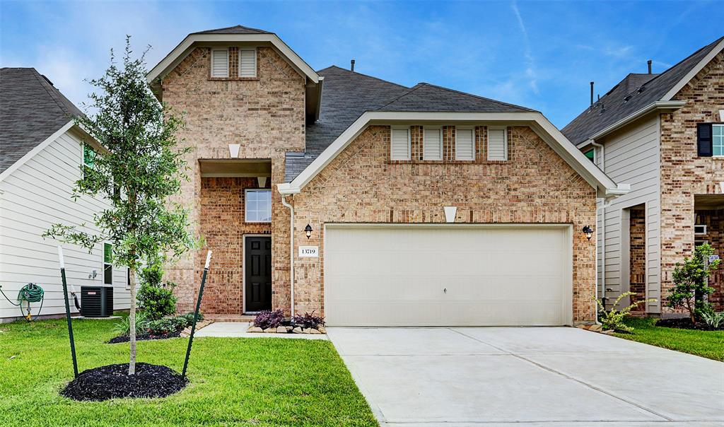 13719 Evansdale Lane Property Photo - Houston, TX real estate listing