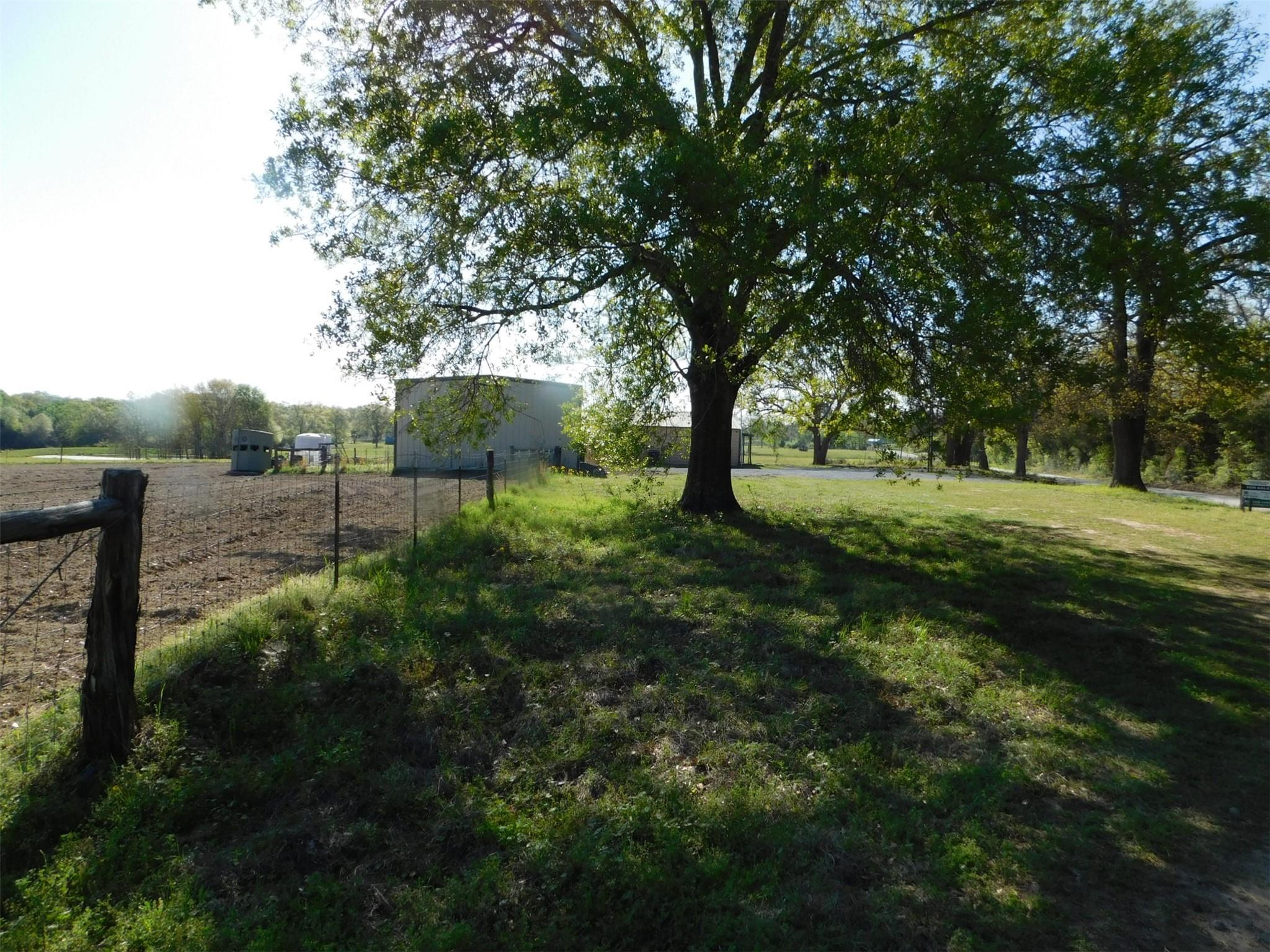 1438 County Road 427 Property Photo - Marquez, TX real estate listing