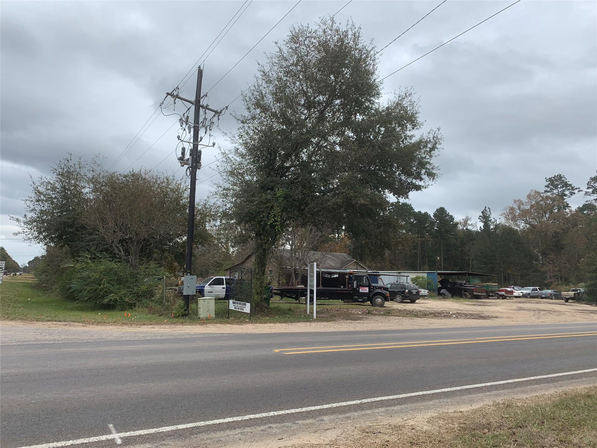 2405 Fm 1010 Road Property Photo - Cleveland, TX real estate listing