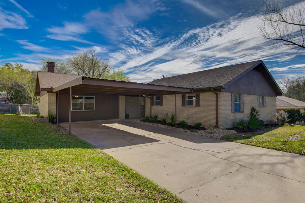 2415 Airline, Brenham, TX 77833 - Brenham, TX real estate listing