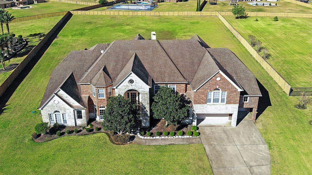2028 Lake Landing Drive Property Photo - League City, TX real estate listing