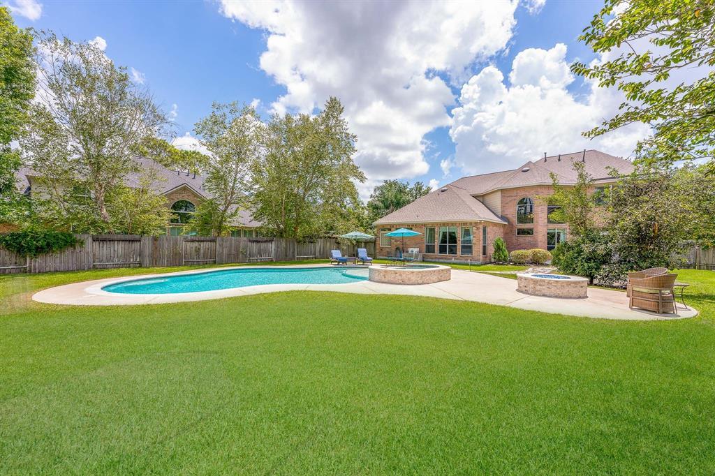 4611 Sterling Wood Way Property Photo - Pasadena, TX real estate listing