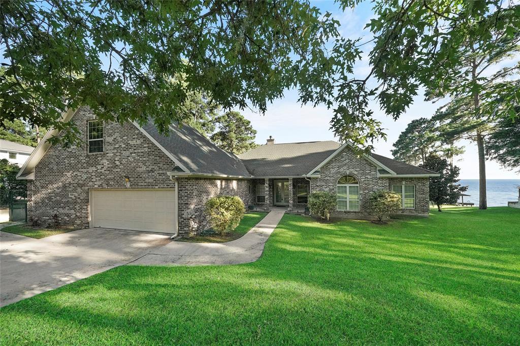 269 Circle Drive Property Photo - Onalaska, TX real estate listing