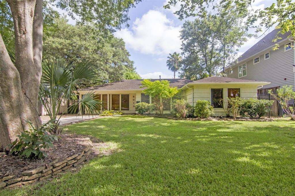 5010 Mayfair Street Property Photo - Bellaire, TX real estate listing