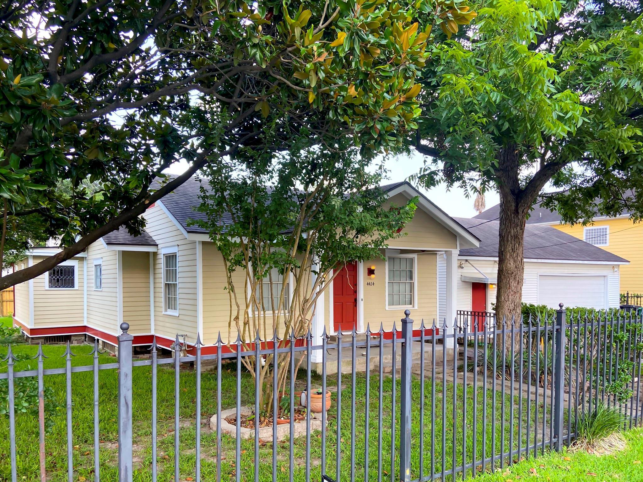 4424 Edsee Street Property Photo 1
