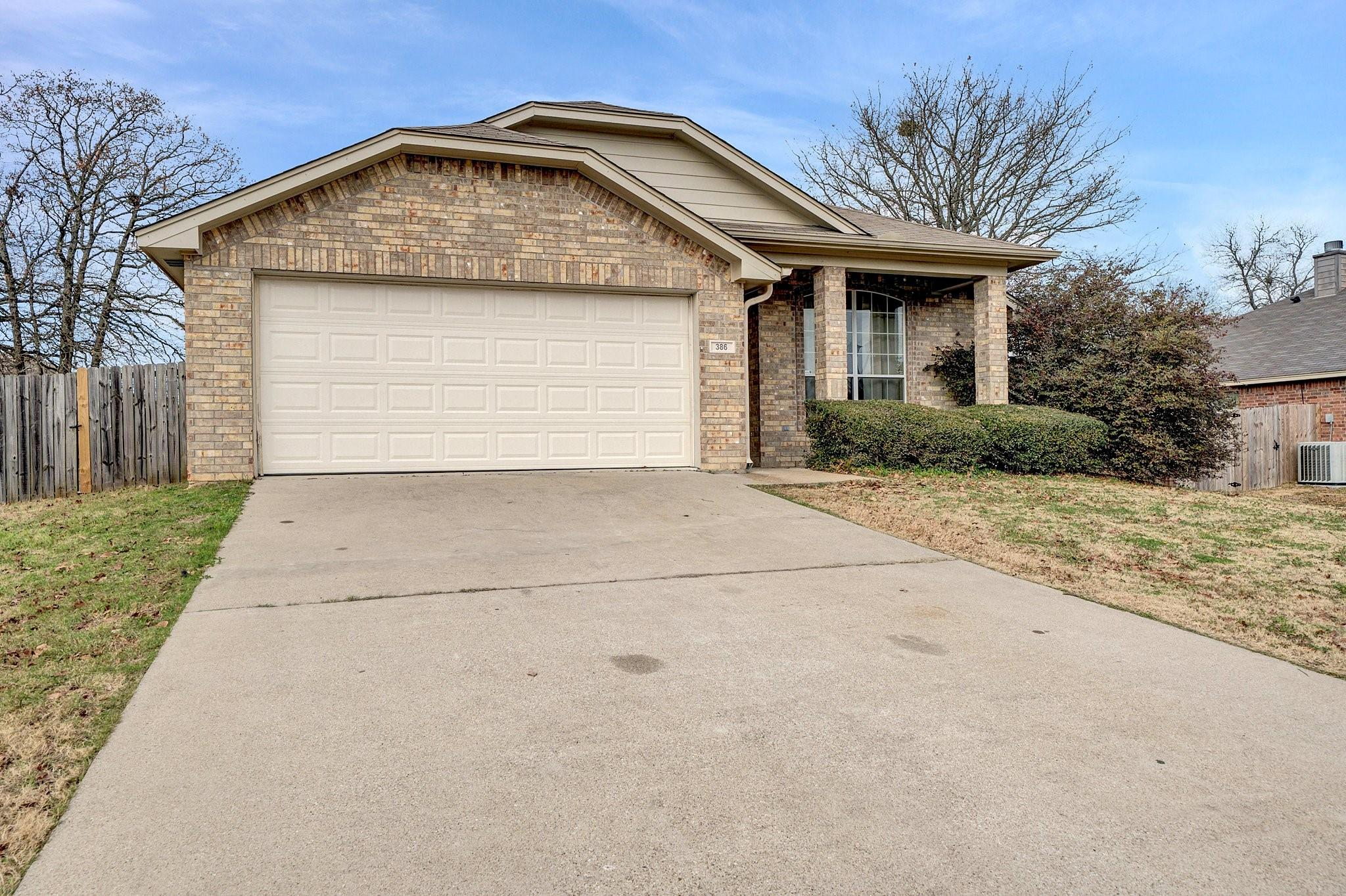 386 Molly Lane Property Photo - Lindale, TX real estate listing