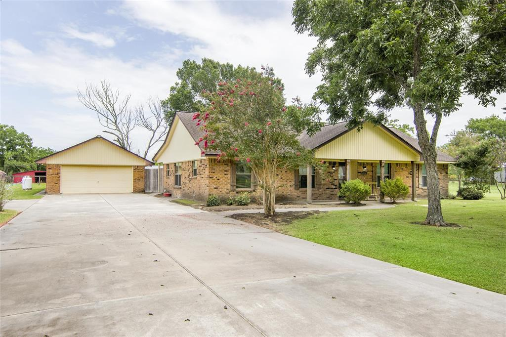 6806 Fm 1942 Road Property Photo - Baytown, TX real estate listing
