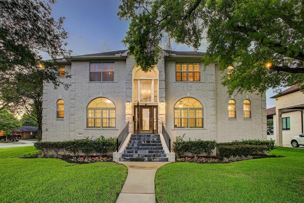 4954 Glenmeadow Drive Property Photo - Houston, TX real estate listing