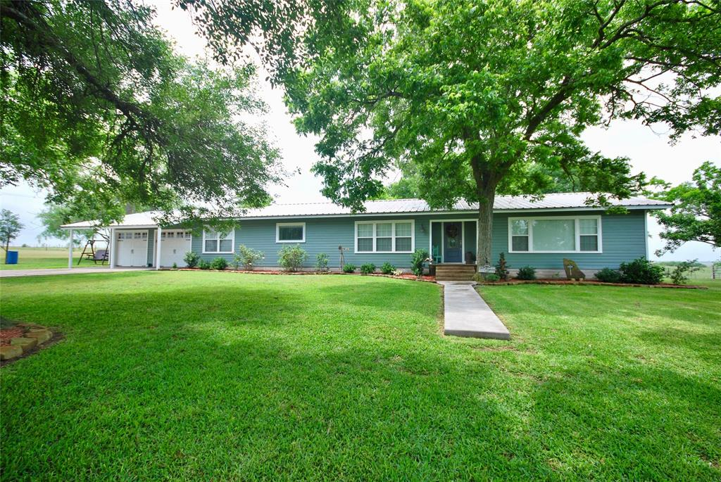 104,County Road 292,, Shiner, TX 77984 - Shiner, TX real estate listing