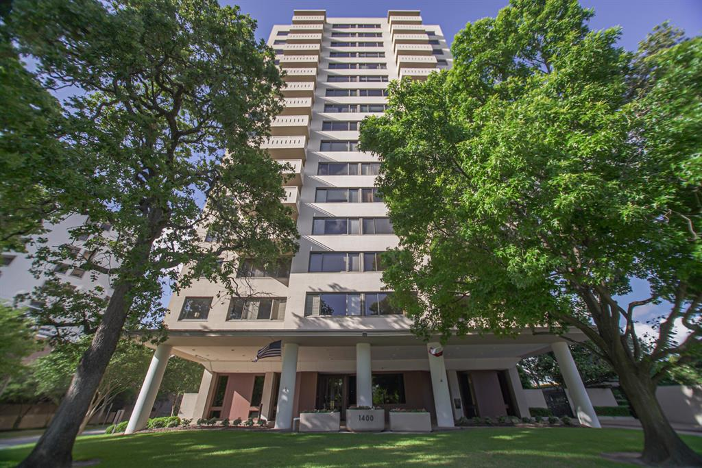 1400 Hermann Drive #5E Property Photo - Houston, TX real estate listing