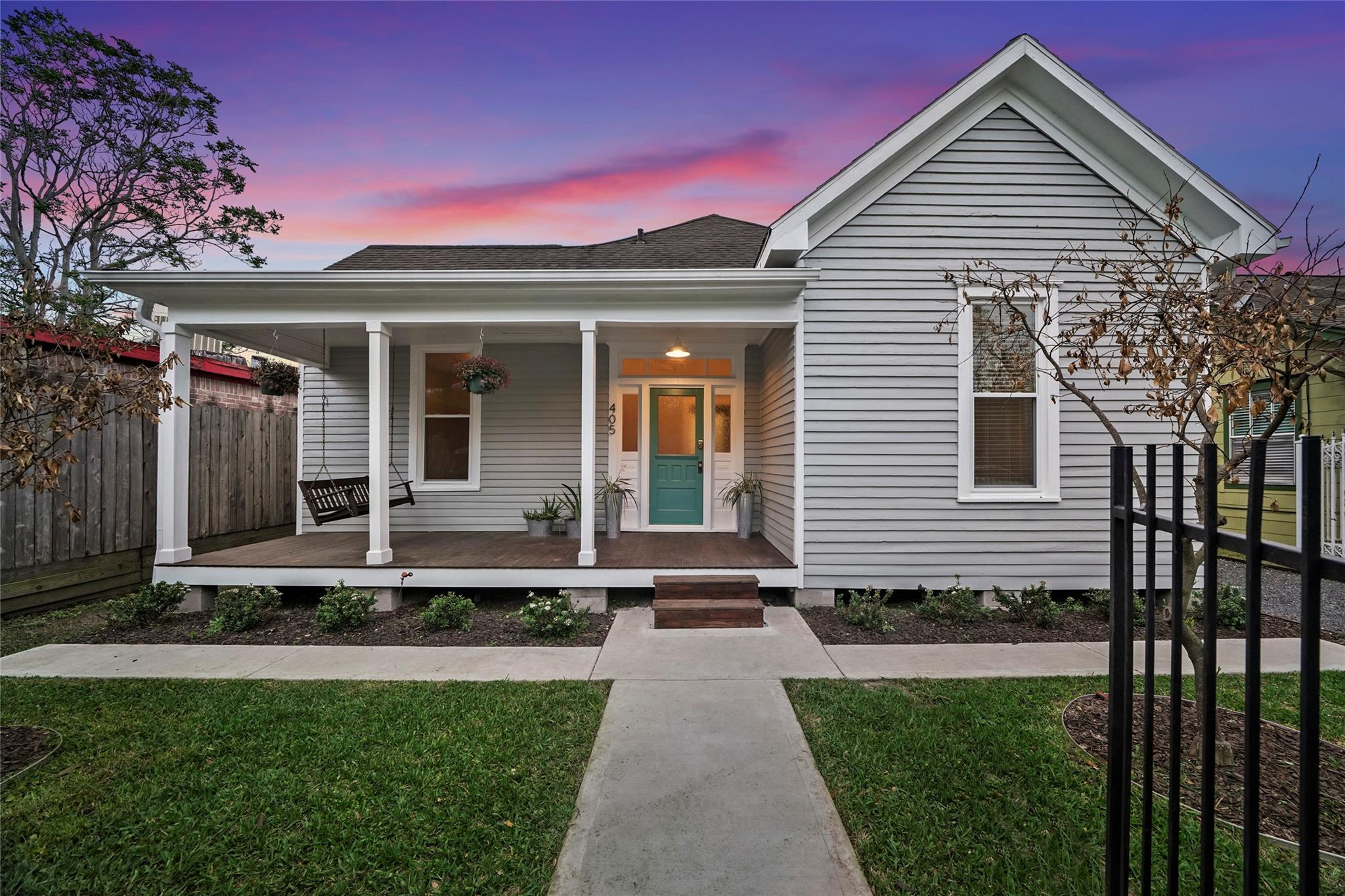 405 Tabor Street Property Photo 1
