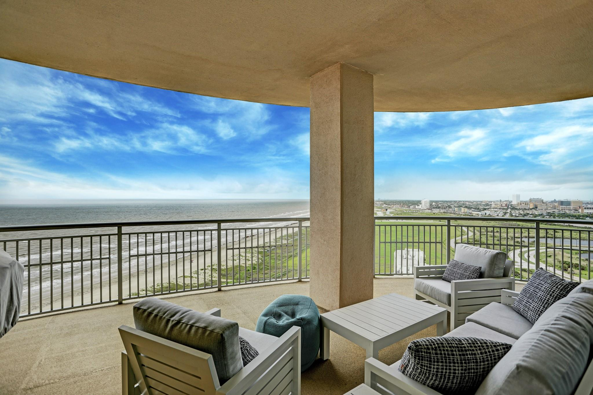 801 E Beach Drive #tw2112 Property Photo