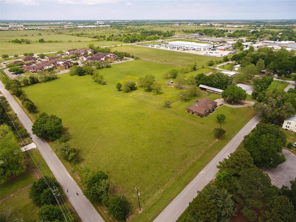 603 A Street Property Photo - Waller, TX real estate listing