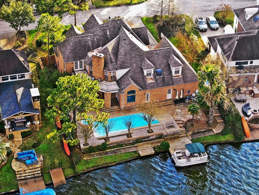 23 Pleasure Cove Drive Property Photo - Spring, TX real estate listing