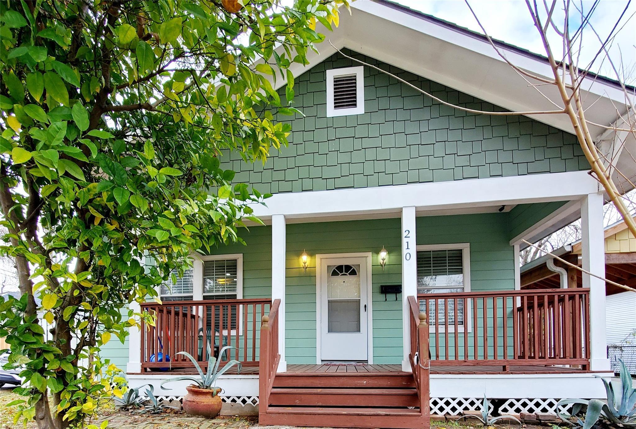 210 Archer Street Property Photo 1