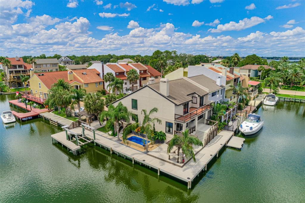 25 ANTILLES Property Photo - Nassau Bay, TX real estate listing