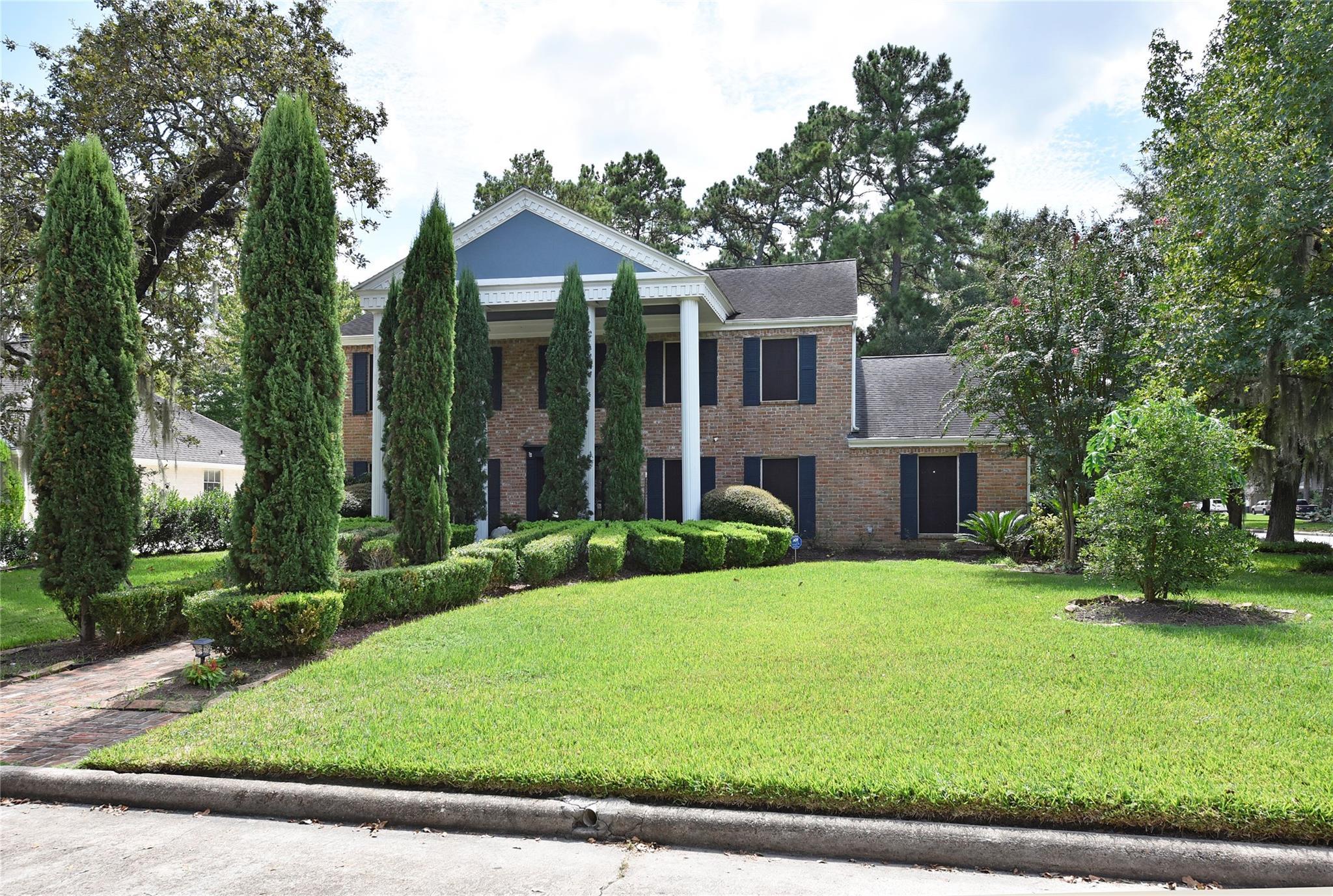 5623 Pebble Springs Drive Property Photo - Houston, TX real estate listing