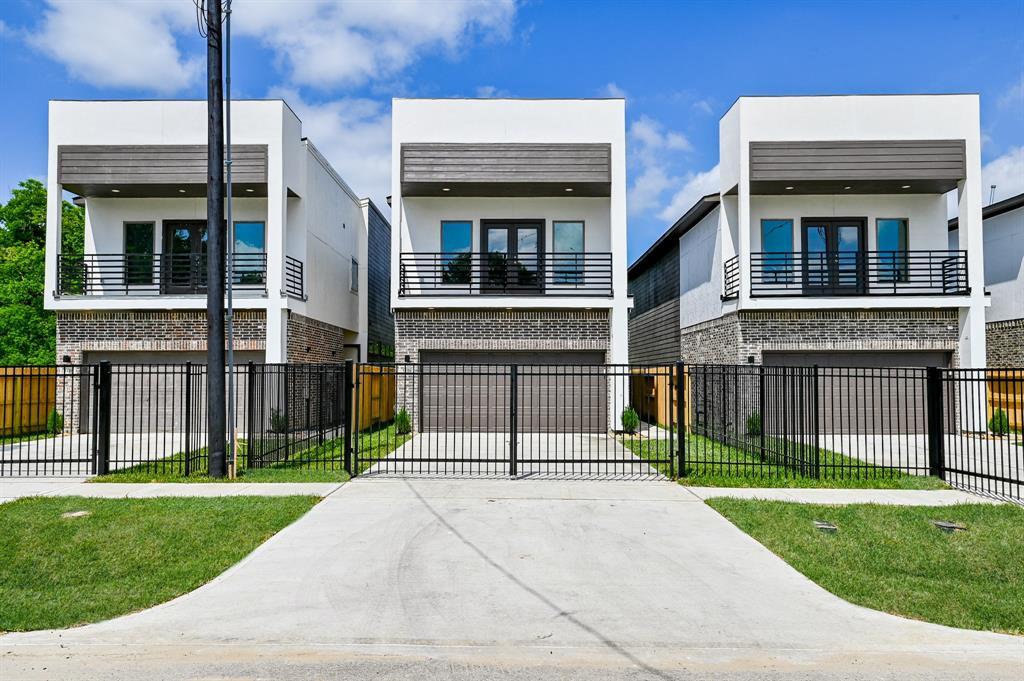 8406 Safeguard Street Property Photo - Houston, TX real estate listing
