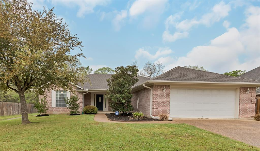 4110 Settlers Way Property Photo - Bryan, TX real estate listing