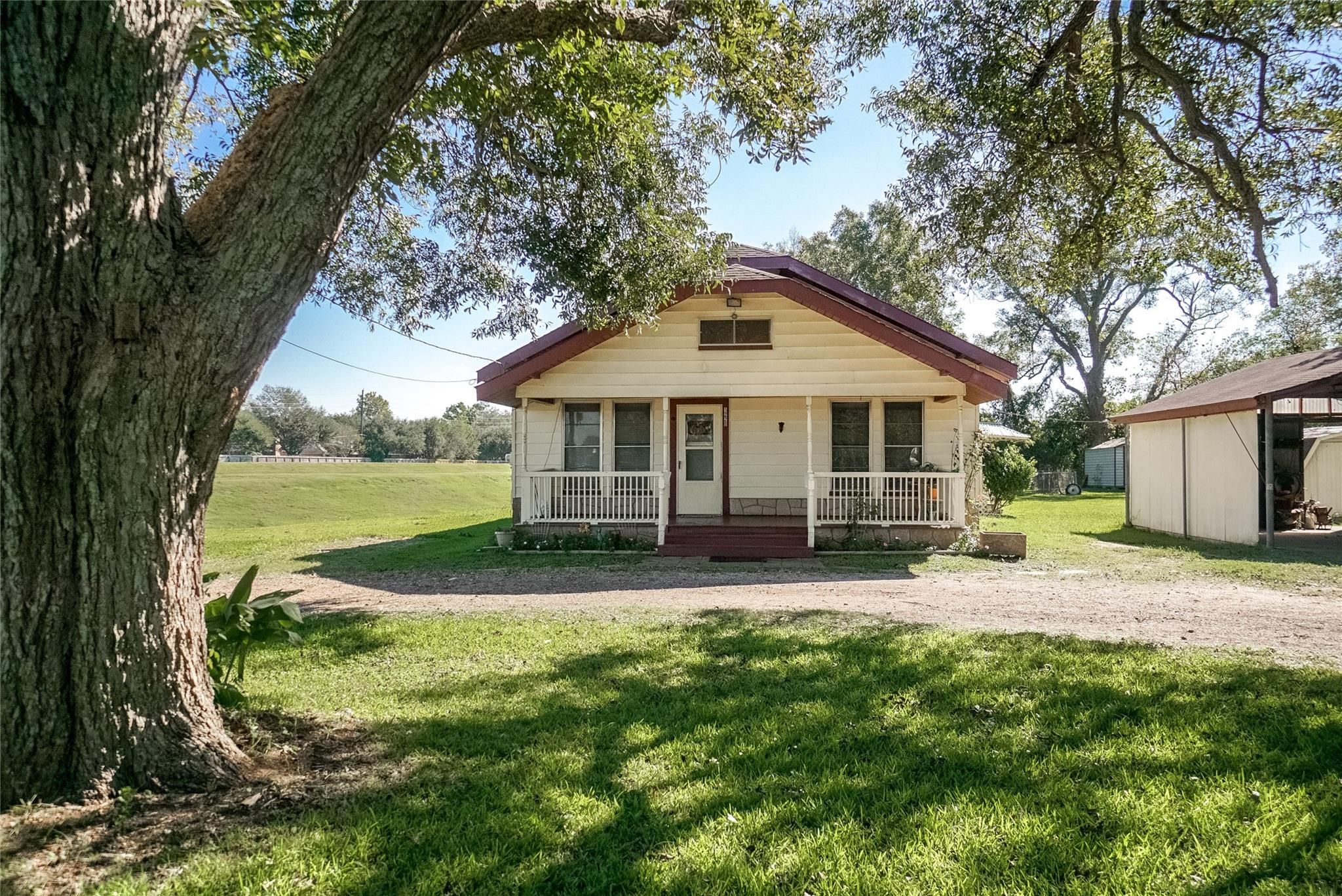 1220 Macek Road Property Photo - Richmond, TX real estate listing