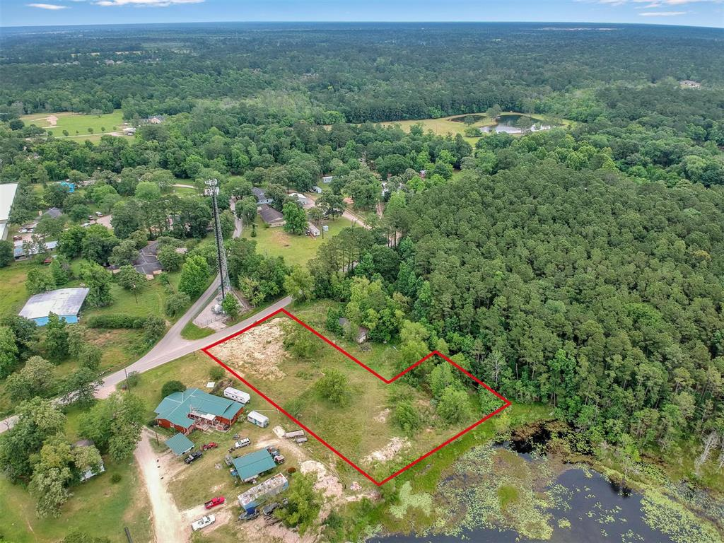00 Darby Loop Property Photo - Conroe, TX real estate listing