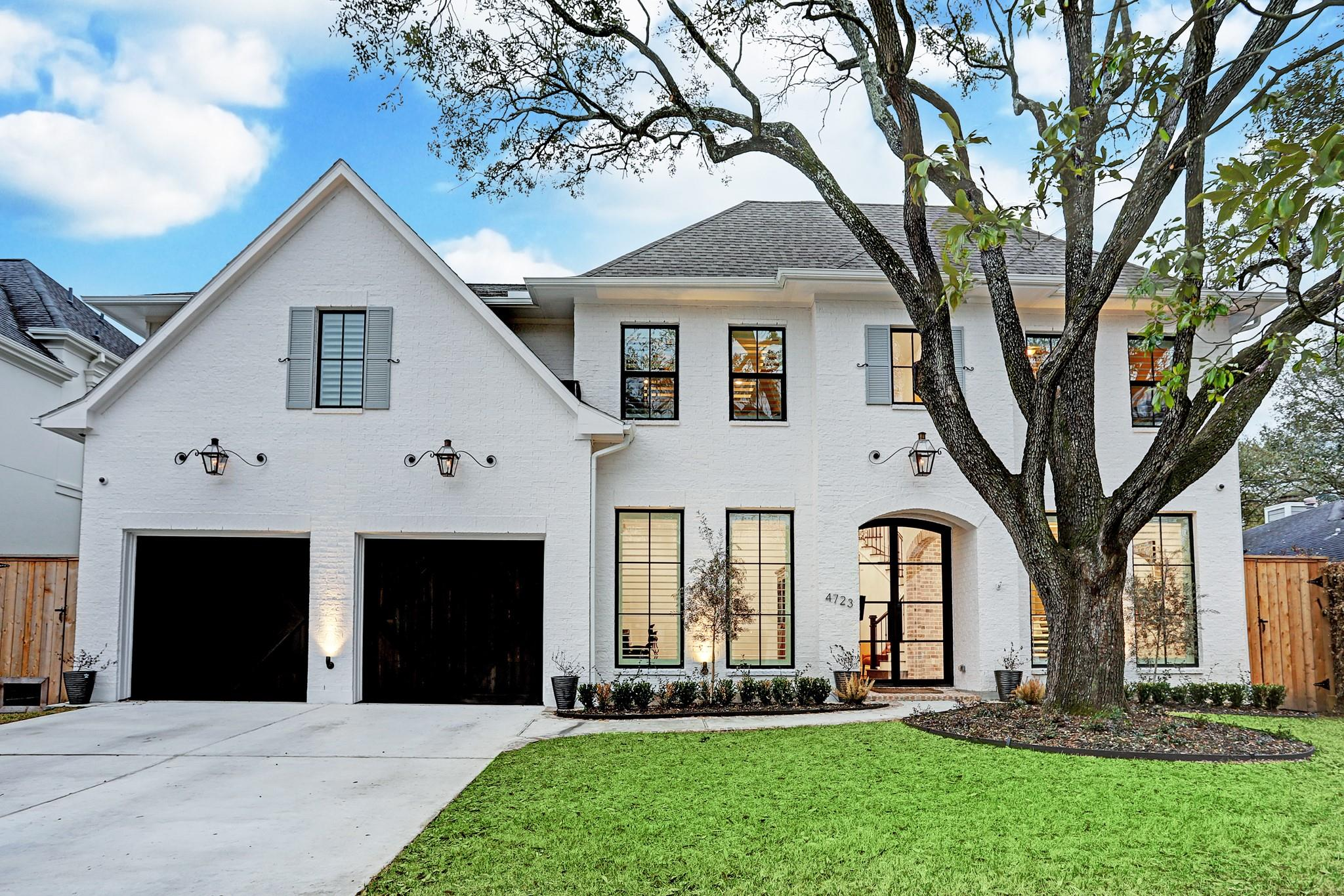 4723 Devon Street Property Photo