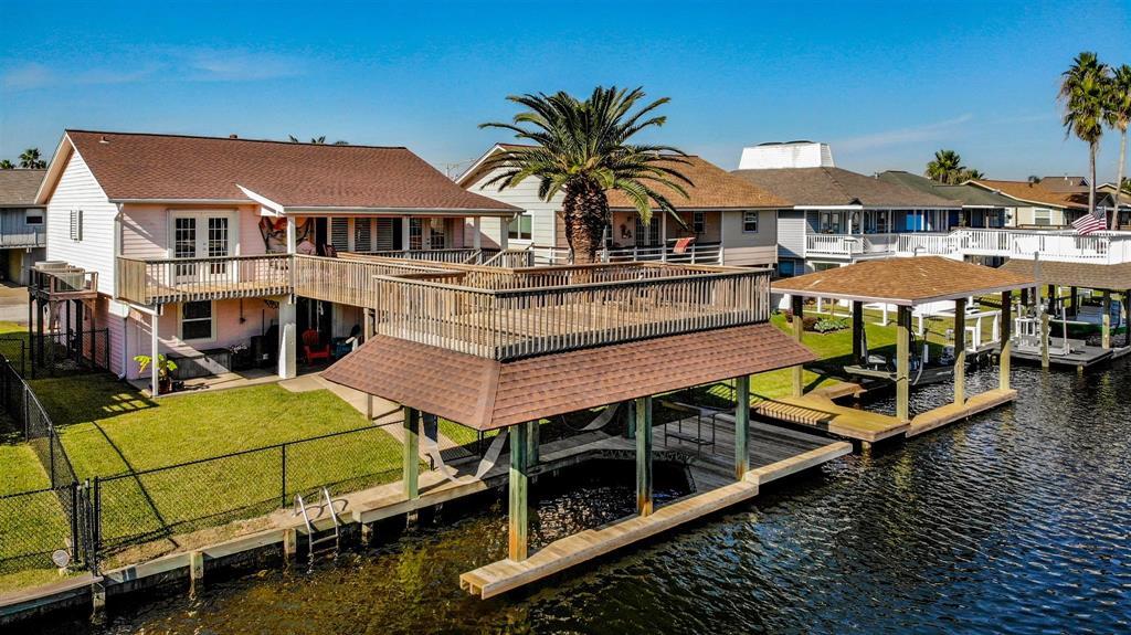 975 Bonita Street Property Photo - Bayou Vista, TX real estate listing