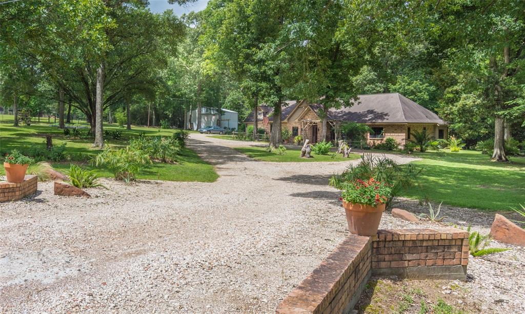 10465 Champion Village Drive Property Photo - Conroe, TX real estate listing