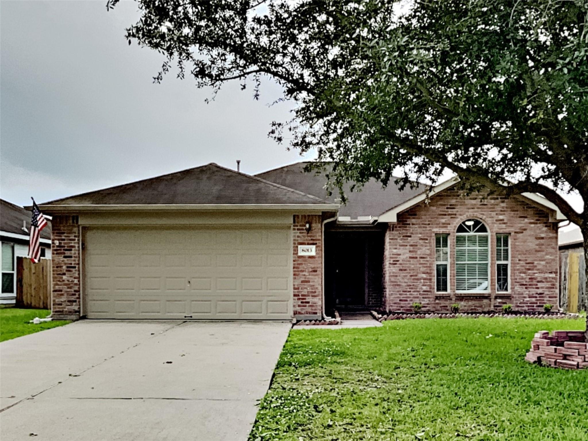 8013 Big Oak Drive Property Photo