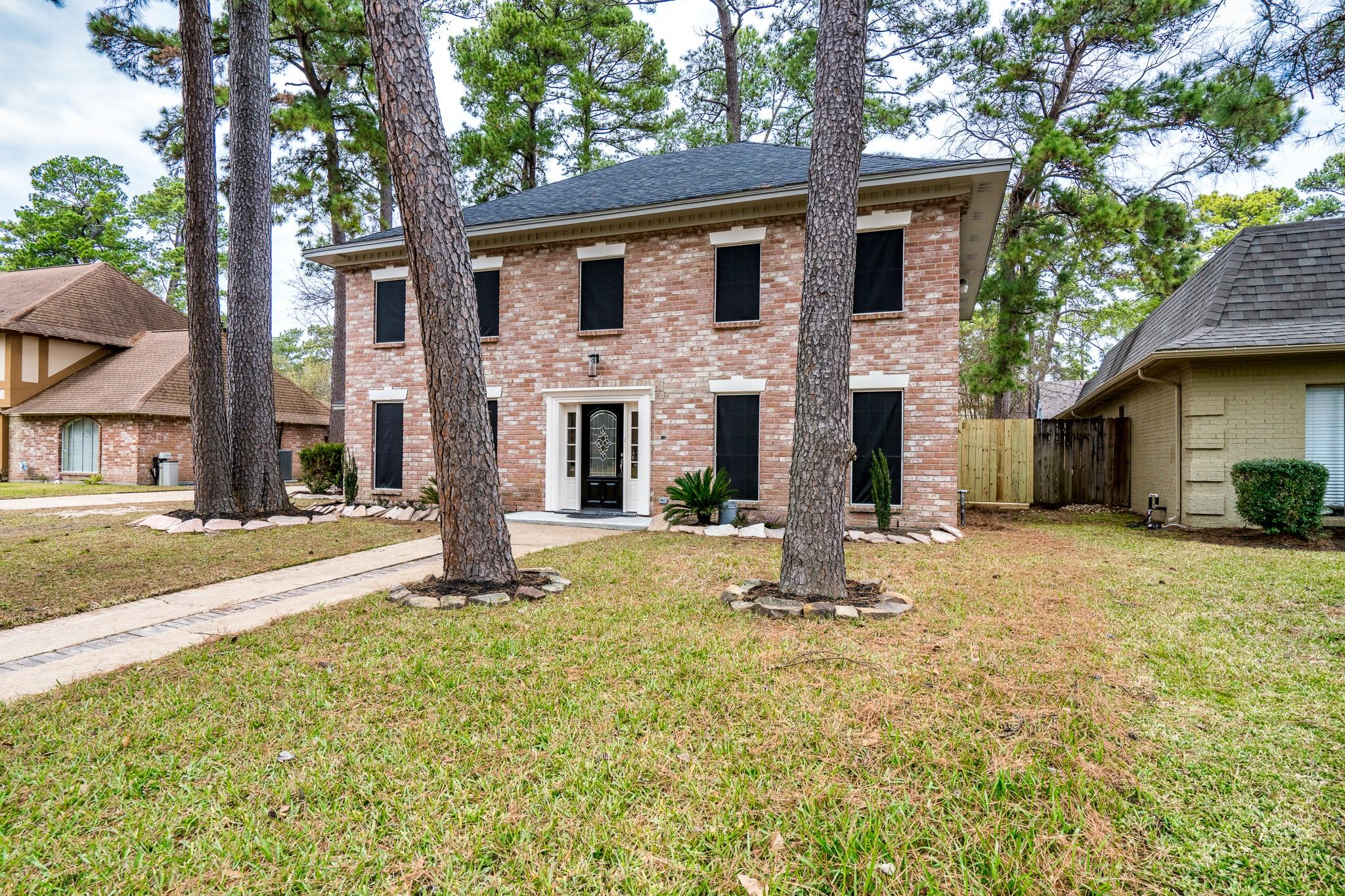 3806 Stillview Drive Property Photo - Houston, TX real estate listing
