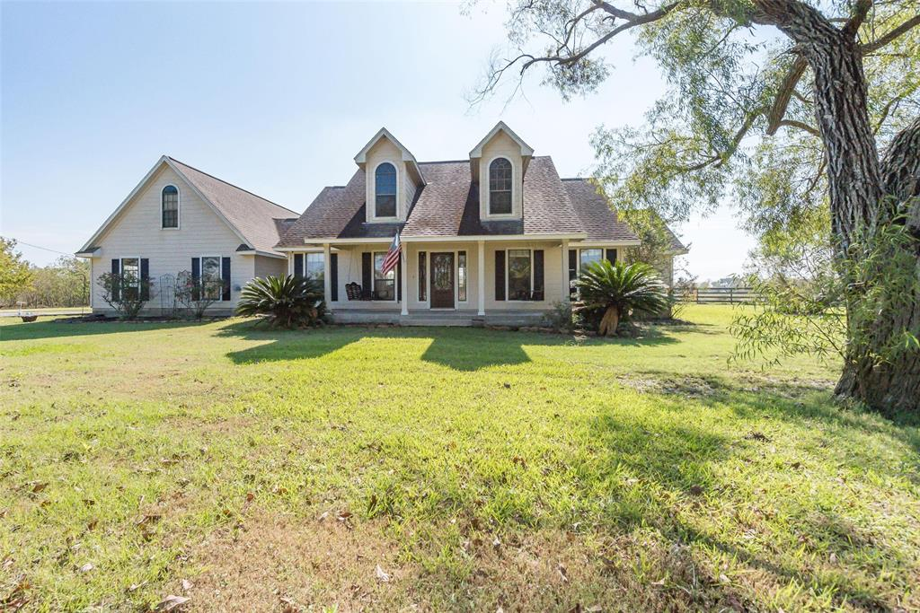 21195 Englin Road Property Photo - Winnie, TX real estate listing