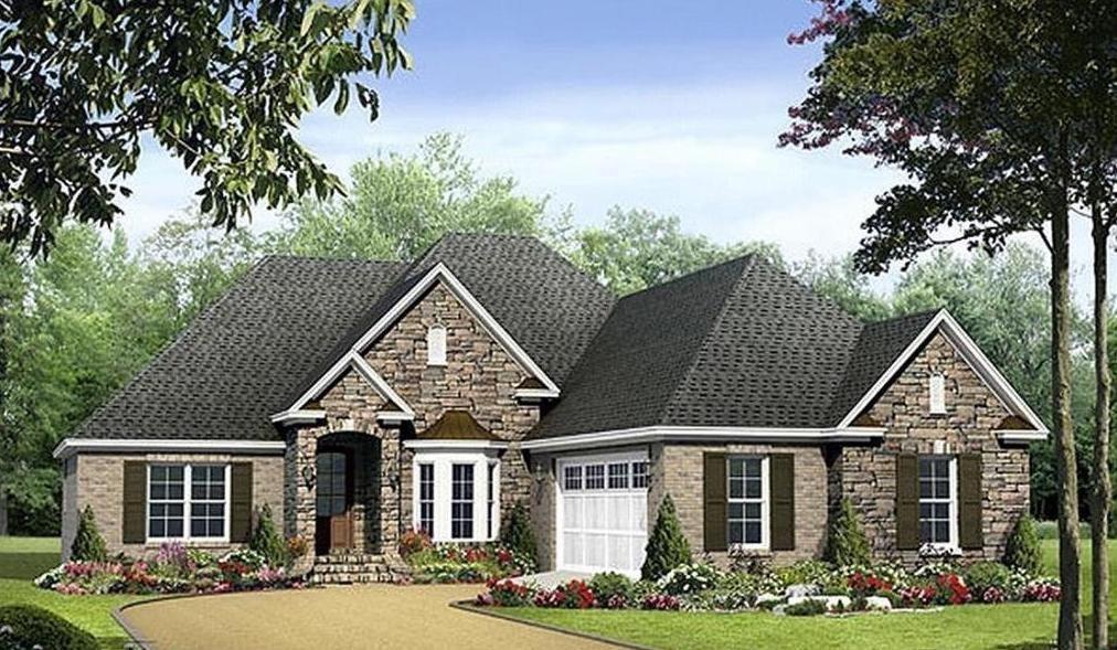 301 Live Oak Street Property Photo
