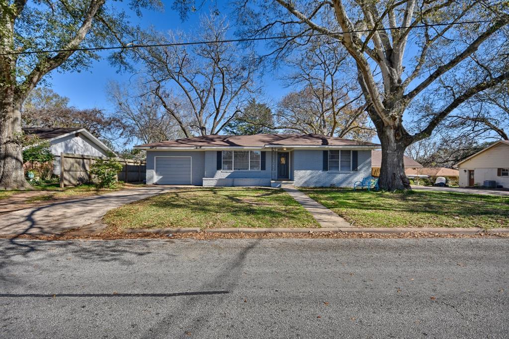 1603 S Jackson Street, Brenham, TX 77833 - Brenham, TX real estate listing