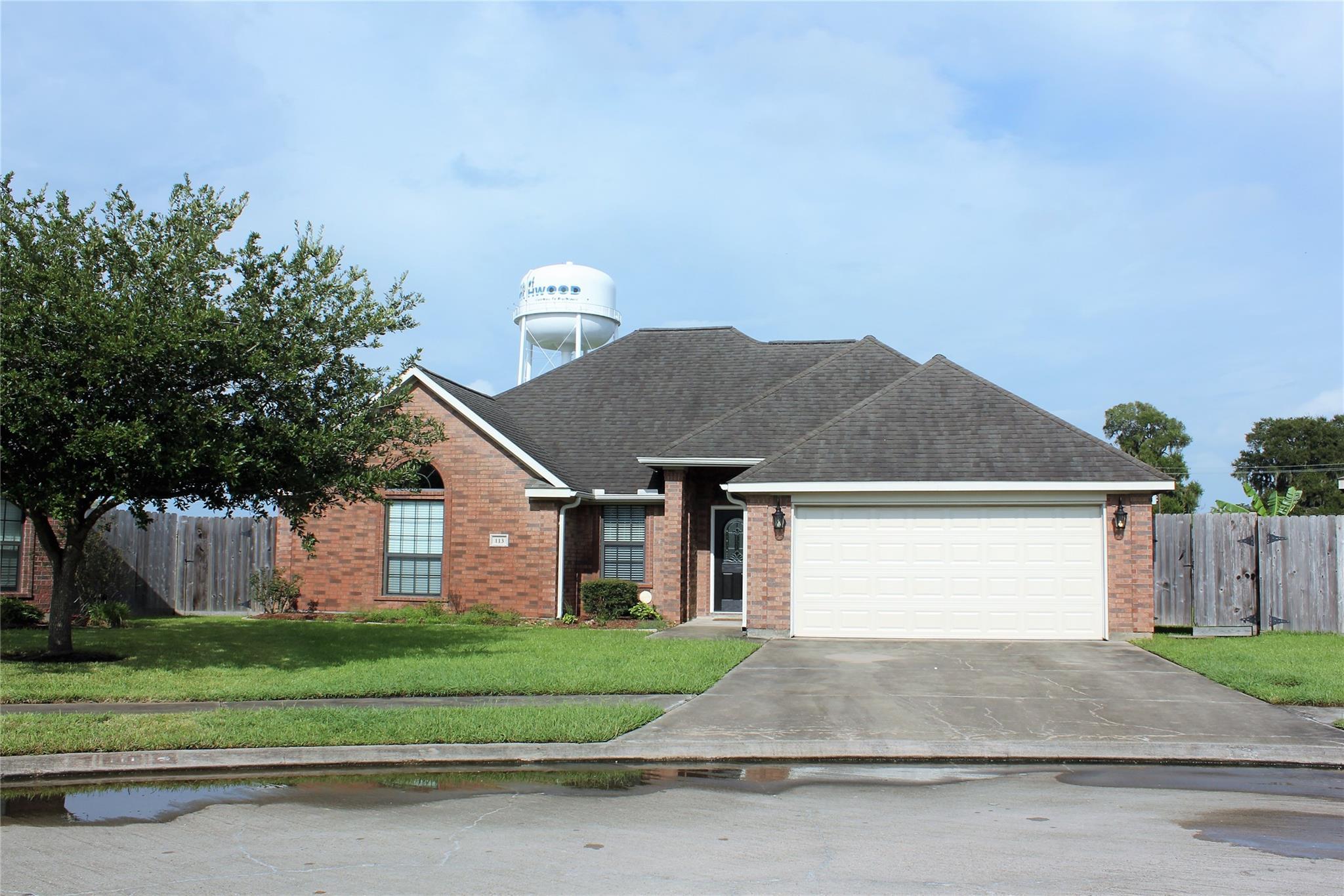 113 Eagle Nest Court Property Photo