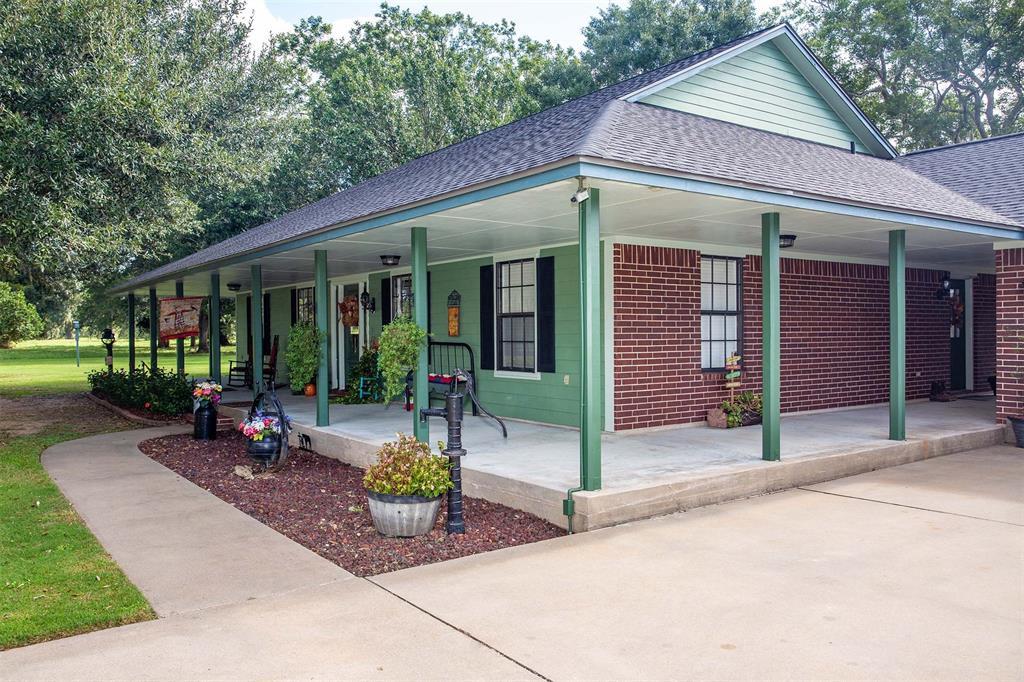 309 Stage Coach Trail, Angleton, TX 77515 - Angleton, TX real estate listing