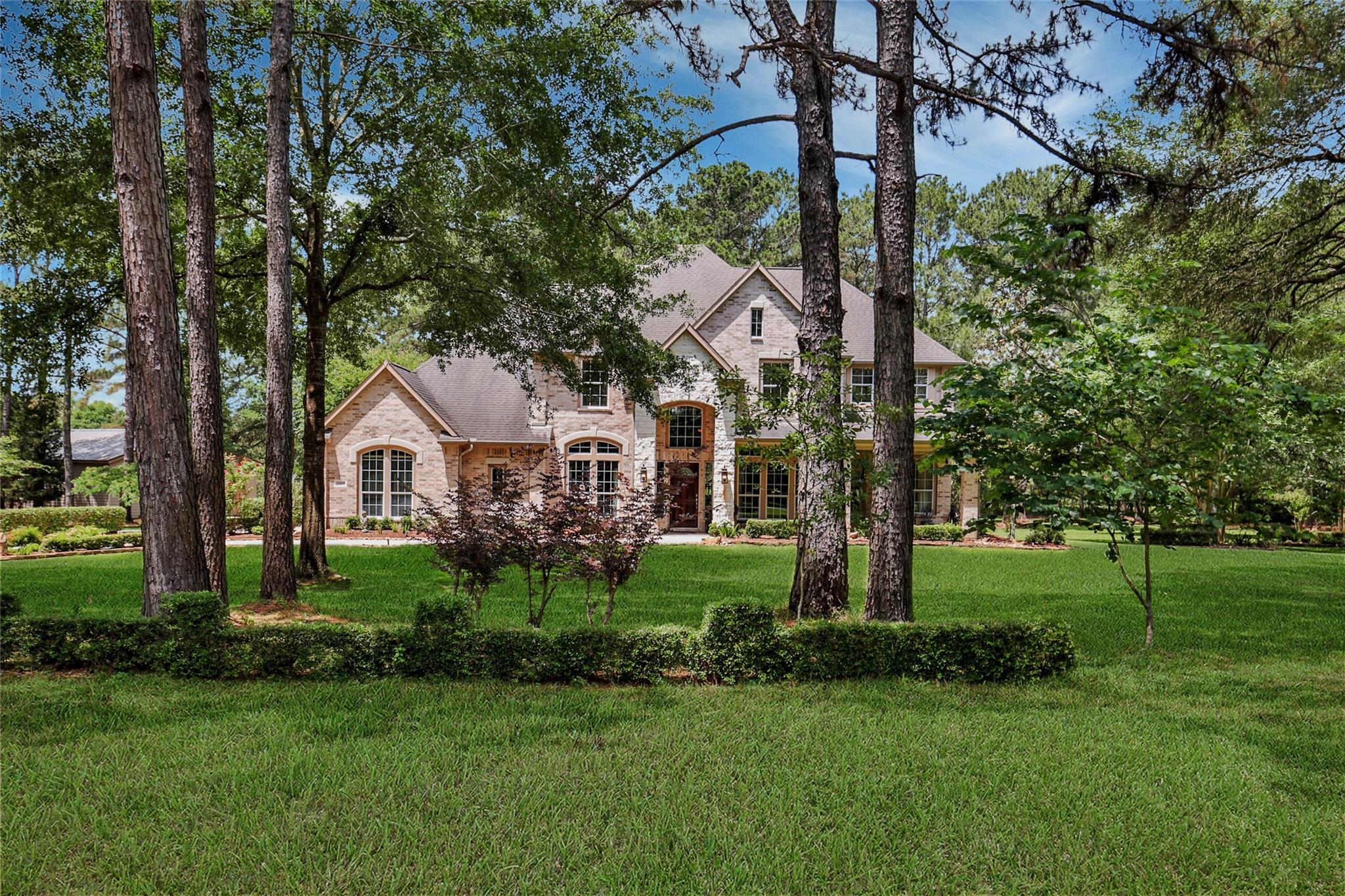 26050 Century Oaks Boulevard Property Photo