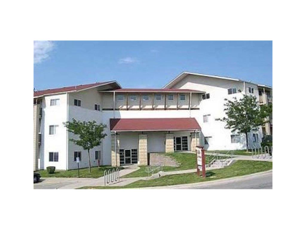 6250 Ville De Sante Drive, Omaha, NE 68104 - Omaha, NE real estate listing