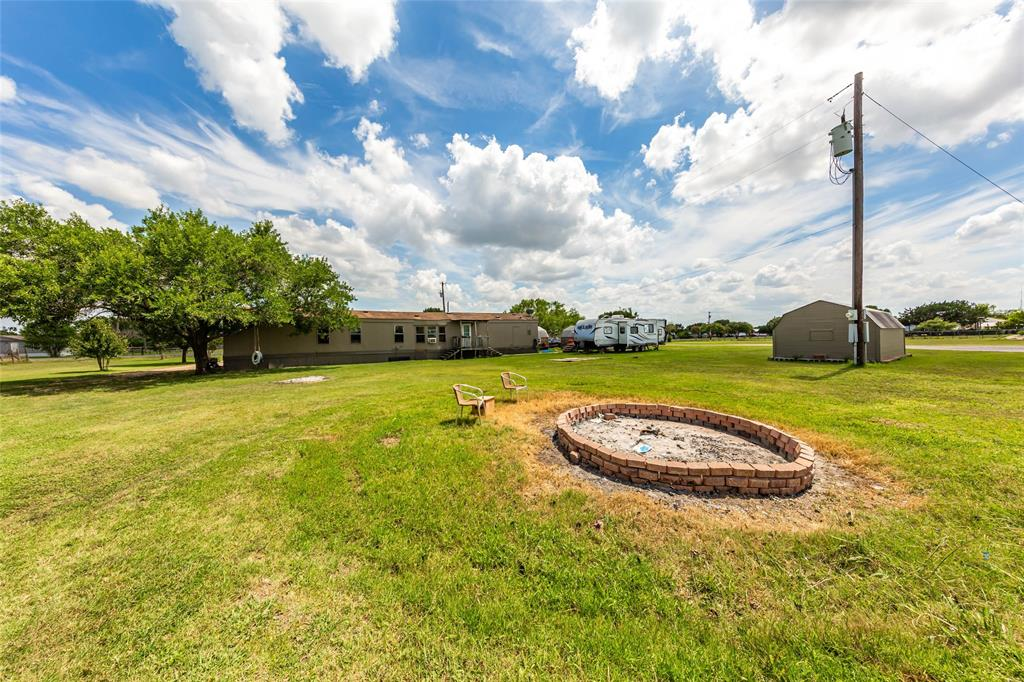 30060 Live Oak Trail, Georgetown, TX 78633 - Georgetown, TX real estate listing