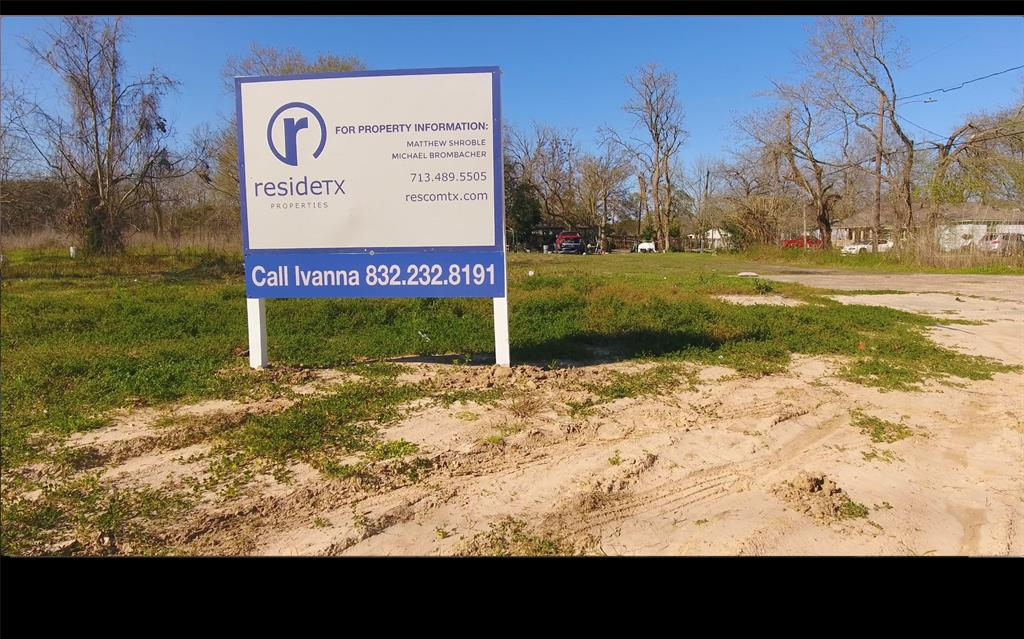 1502 W Little York Road Property Photo - Houston, TX real estate listing