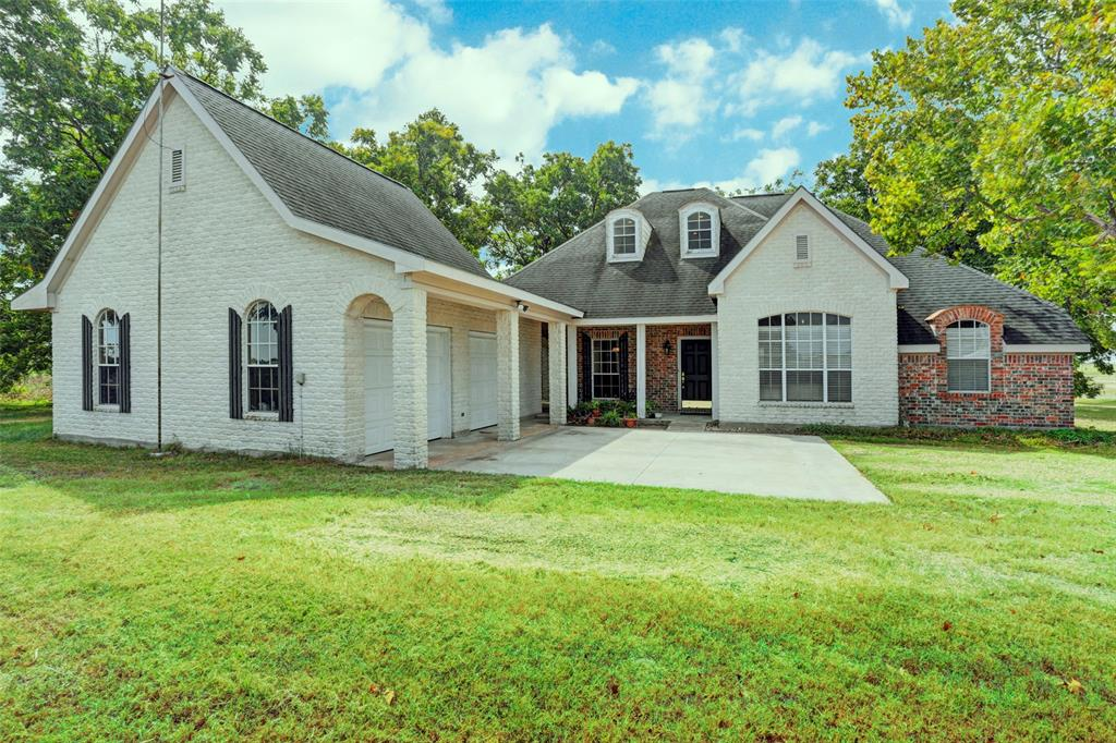 103 HWY 237 Property Photo - Carmine, TX real estate listing