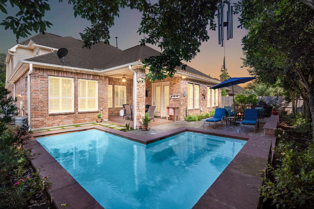 18718 Duke Lake Drive Property Photo - Spring, TX real estate listing