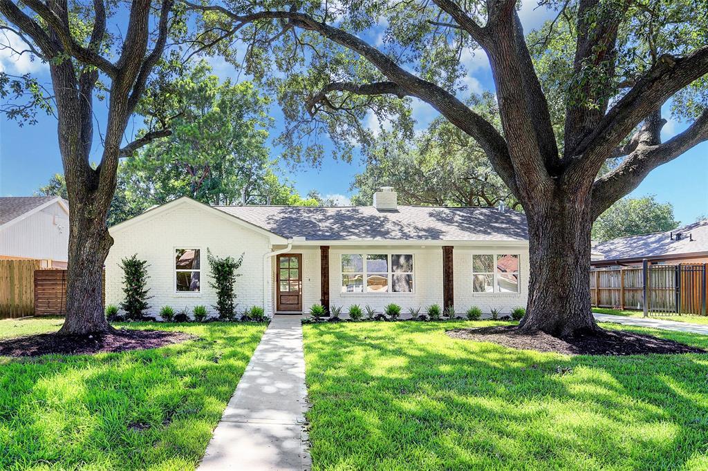8014 Mullins Drive Property Photo - Houston, TX real estate listing