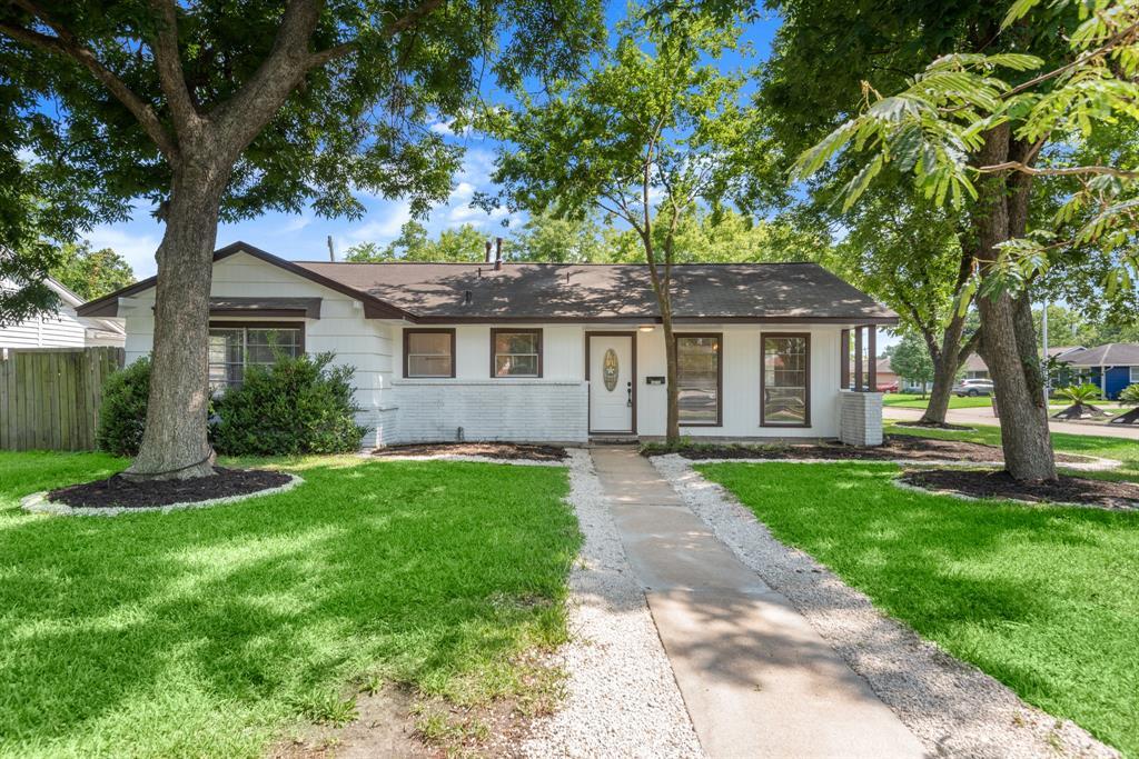 10110 Lafferty Oaks Street Property Photo - Houston, TX real estate listing